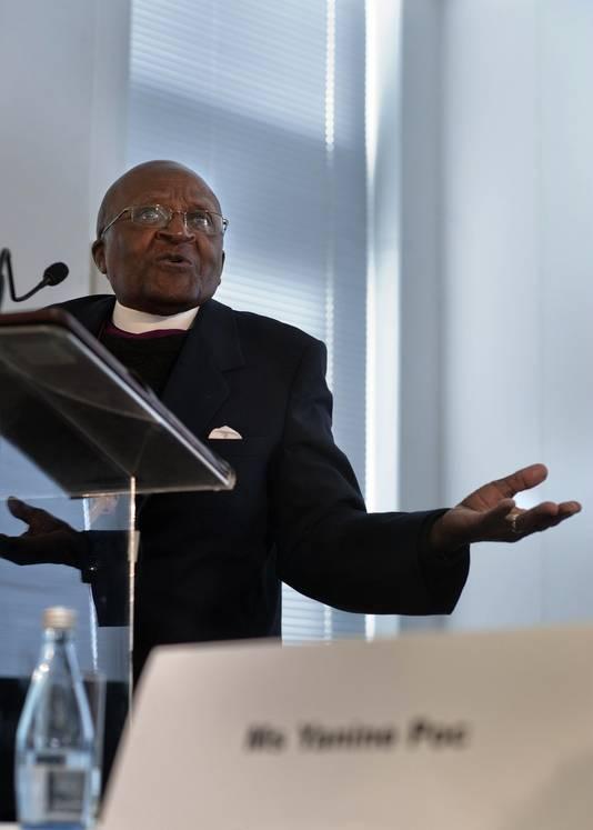 Tutu tijdens de opening van een VN-campagne ter bevordering van de gelijkheid van hetero's en homo's.