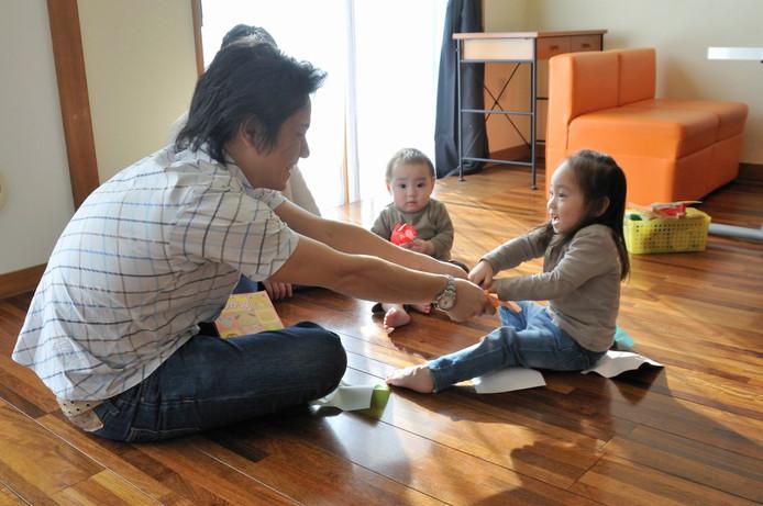 Nieuwe papa's en mama's kunnen in Zuid-Korea maar liefst 52,6 weken betaald ouderverlof krijgen.