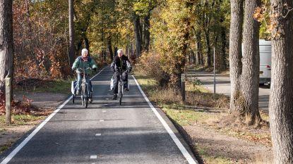 """""""In heel Nederland gaat de schop in de grond"""": 345 miljoen euro en Nationaal Fietsplan om 200.000 extra mensen op de fiets te krijgen"""