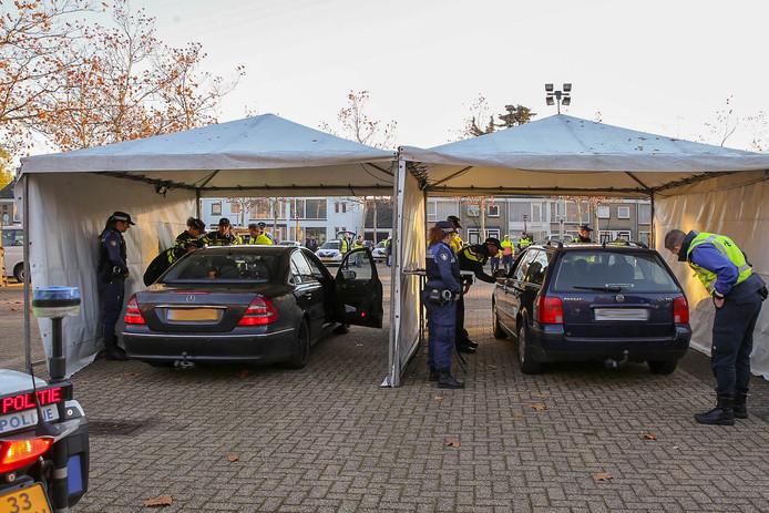 Grote Politie En Belastingcontrole In Teteringen 30 000 Euro Aan