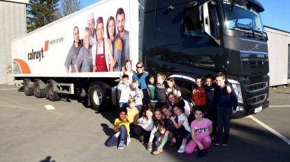 Juf Britt trok met haar truck naar school