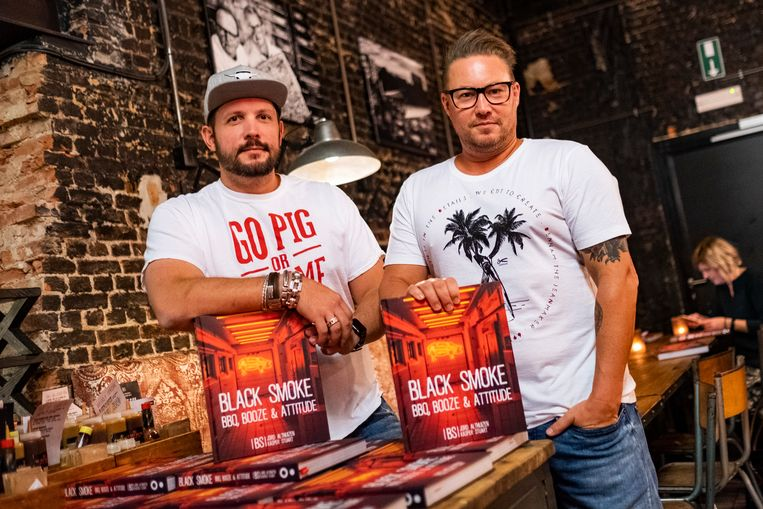 Jord en Stuart zijn trots op hun boek én hun team