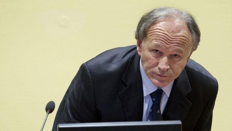 De vroegere Servische politiegeneraal Vlastimir Djordjevic zit in de rechtszaal van het Joegoslavie-Tribunaal tijdens de uitspraak in zijn hoger beroep. Beeld ANP