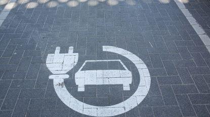 Elektrische auto's en hun accu: achilleshiel of stille kracht?