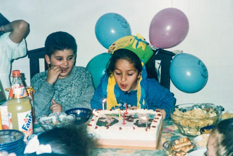 Hafida's dochter op haar verjaardag. Beeld Privé-archief