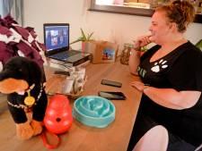Enschedese Janneke geeft online puppycursus: 'het versterkt de band tussen de hond en het baasje'