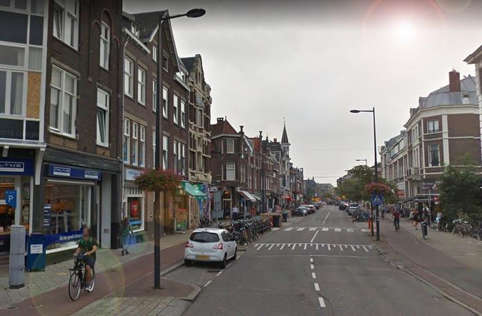 Halverwege november bleek dat twee bewoners van een pand van Van Hooijdonk aan de Nagtegaalstraat zich geïntimideerd en bedreigd voelden.