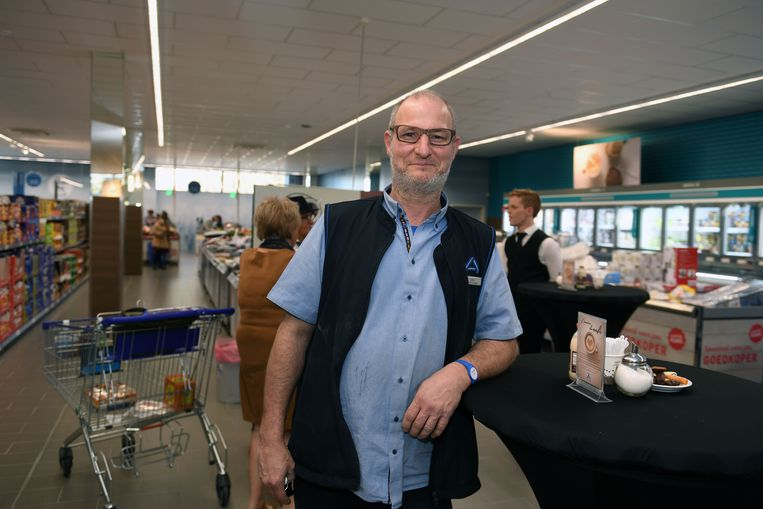 Opening nieuwe ALDI in Bierbeek. Verantwoordelijke Erik Deneys.