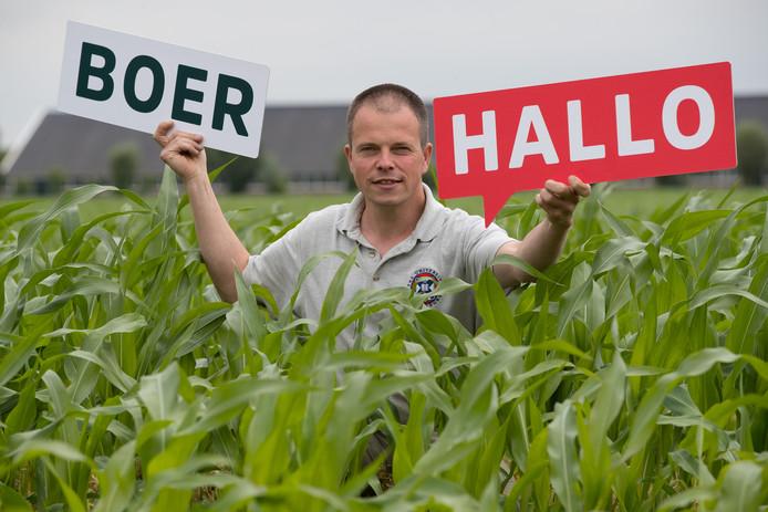 Niels Tomson is een van de bedenkers van HalloBoer. Wie langs een akker fietst en door nieuwsgierigheid wordt bewogen, kan via de site napluizen welk bedrijf de opkomende mais straks zal verwerken.
