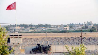 Koerdische strijders in Syrië trekken zich terug van Turkse grens na installatie veiligheidszone