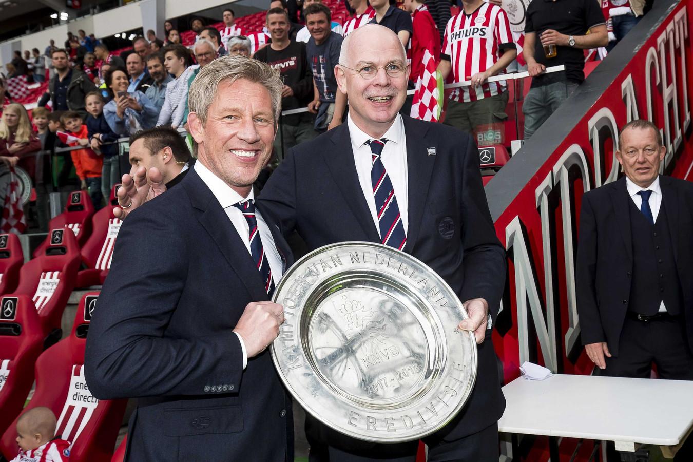 Marcel Brands en Toon Gerbrands, de directeuren van PSV.