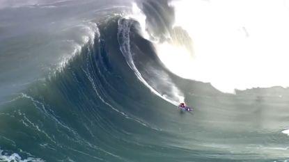 Surfers wagen zich aan gigantische golven in Californië
