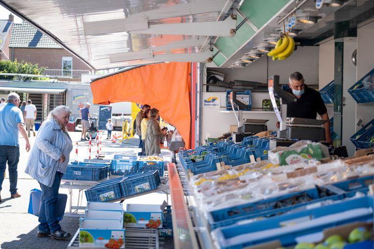 De wekelijkse maandagsmarkt in Heist-op-den-Berg vindt ondertussen opnieuw plaats