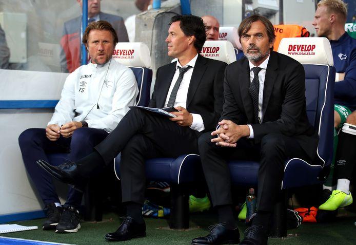 Twan Scheepers (l), Chris van der Weerden en manager Phillip Cocu bij Derby County