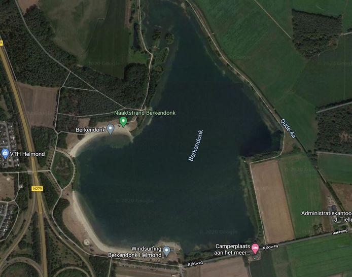 De dode man werd gevonden in de Helmondse plas Berkendonk.