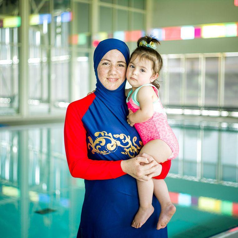 Fatima (17) en Moulia (1 jaar en 8 maanden) Beeld Lieven Engelen