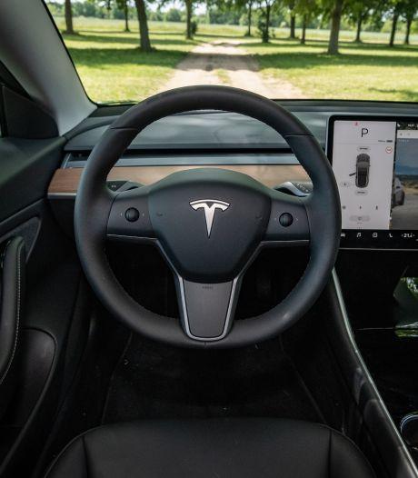 Tesla beschuldigd van grootschalige schending privacy: 'Bewakingsinstallatie op vier wielen'