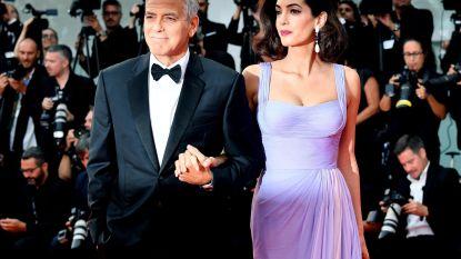 """George Clooney over hoe hij zijn vrouw ontmoette: """"Ik hoefde mijn huis niet eens te verlaten"""""""