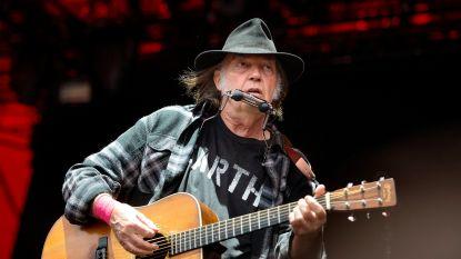 Neil Young wordt Amerikaans staatsburger ondanks liefde voor wiet