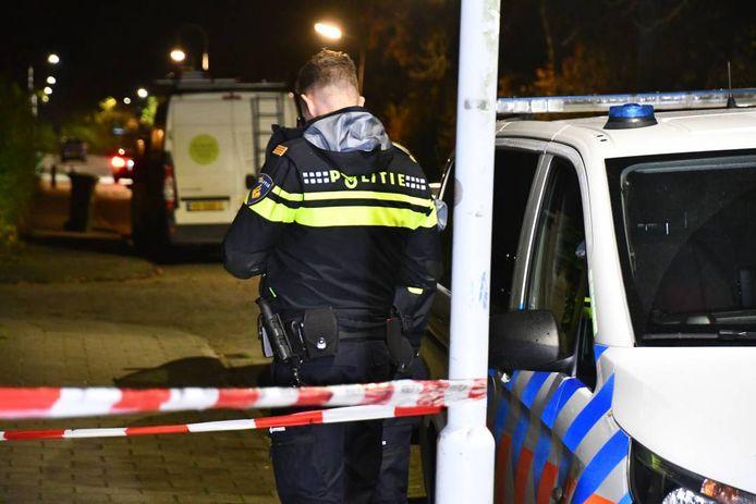Politie-onderzoek nadat het slachtoffer is gevonden.