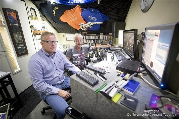 Medewerkers van het radioprogramma Delta Piraat, onderdeel van de Delta Media Groep.