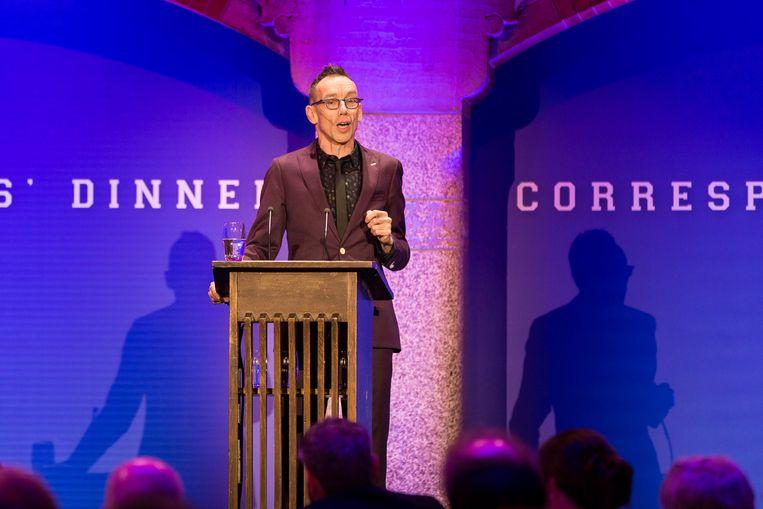 Cabaretier Dolf Jansen in de Beurs van Berlage tijdens het Nederlandse Correspondents Dinner. Beeld anp