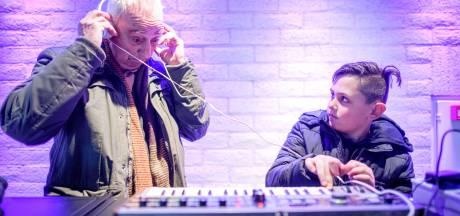 Synthesizerdag in Enschedees Muziekcentrum: genieten van de piepen en de kraken