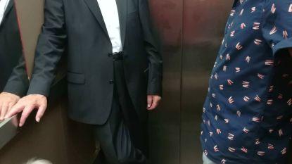Bejaard koppel halfuur vast in lift op weg naar stembus