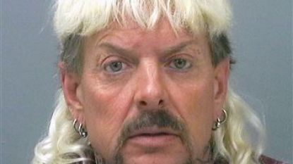 'Joe Exotic' doodde vijf tijgers en probeerde dierenrechtenactiviste te laten vermoorden. Nu gaat hij voor 22 jaar de cel in