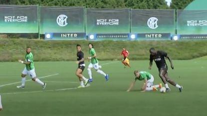 Het emotionele verhaal achter de nieuwe schoenen van Lukaku, die Inter met 'lucky goal' aan zege helpt in oefenmatch