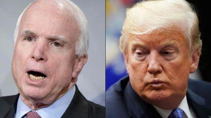 """Trump wakkert vete met McCain weer aan: """"Ik kreeg geen bedankje voor zijn begrafenis"""""""