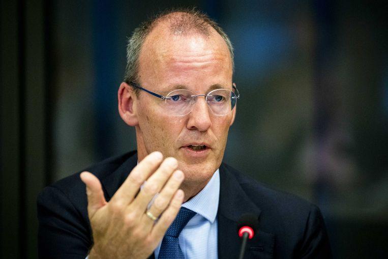 DNB-baas Klaas Knot waarschuwde eerder al dat beleggers hun geld naar overnamefondsen zouden brengen. Beeld ANP