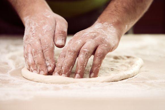 Een echte pizzaiolo doet alles met de hand