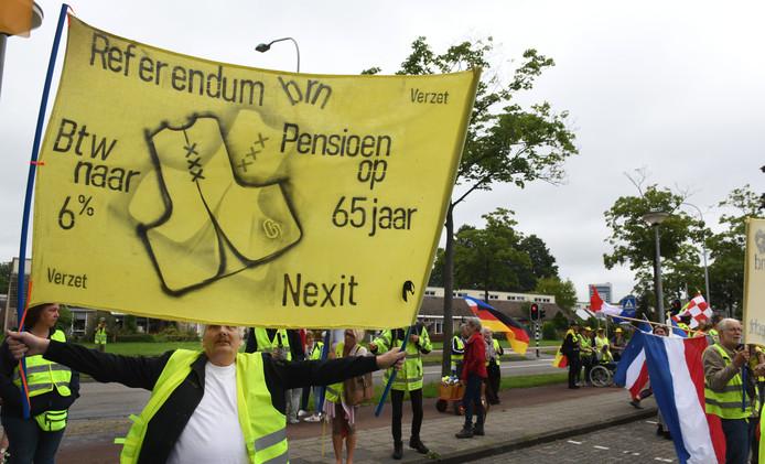 Protest van gele hesjes in Tiel.