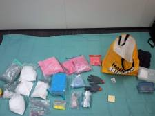 Politie vindt 55.000 euro en kilo's harddrugs bij arrestatie in Breda