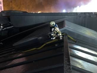 Brandweer blust tot middernacht, Bozar zeker week dicht