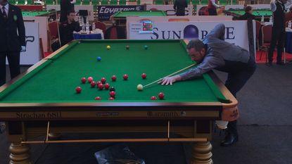 Enkel Peter Bullen kan winnen, Wendy Jans verliest eerste match op WK snooker