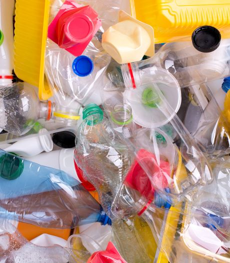 Vervuilde plasticbak kost Losser 20 mille per maand