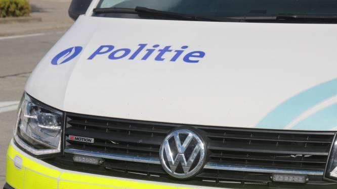 Controleacties tegen drugstoerisme op buslijn en gewestweg tussen België en Nederland leveren 40 pv's op