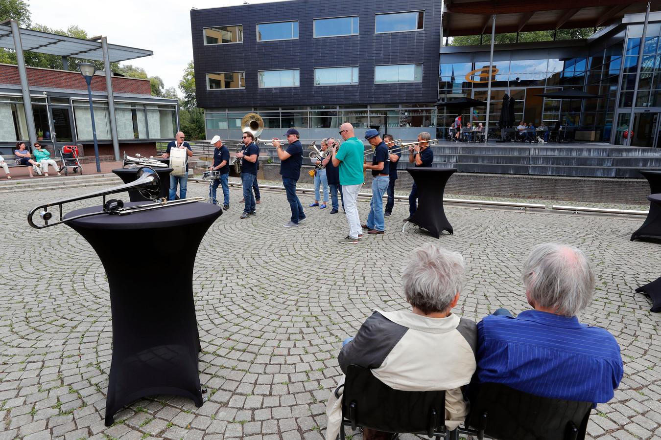 Blaaskapellen festival in Geldrop