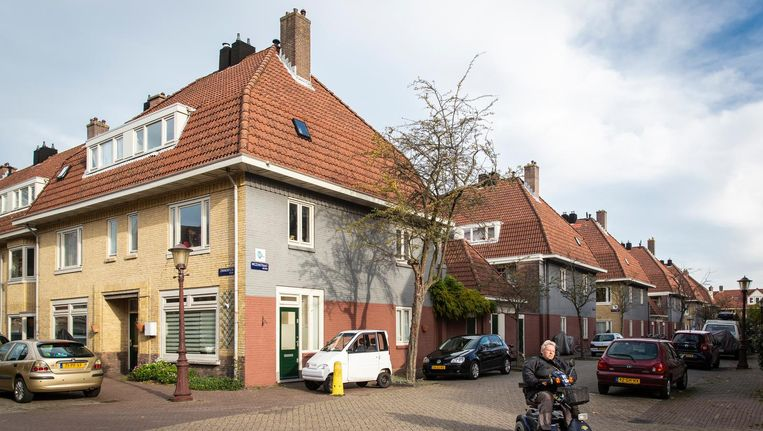 De hoek Zwanenplein en Mezenstraat. De huizen zijn gebouwd rondom de Eerste Wereldoorlog Beeld Dingena Mol