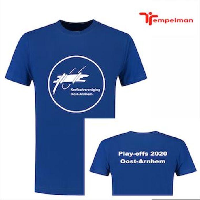 Het speciaal ontworpen play-offsshirt van Oost-Arnhem.