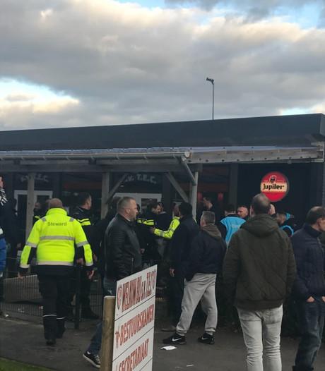 TEC: 'Gedrag supporters Spakenburg bij de beesten af'