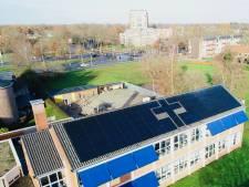 Gereformeerde basisschool in Almelo verpakt boodschap in schooldak