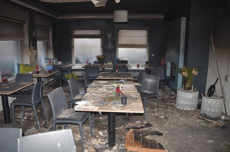 De eetzaal van restaurant Amarant is volledig verwoest.