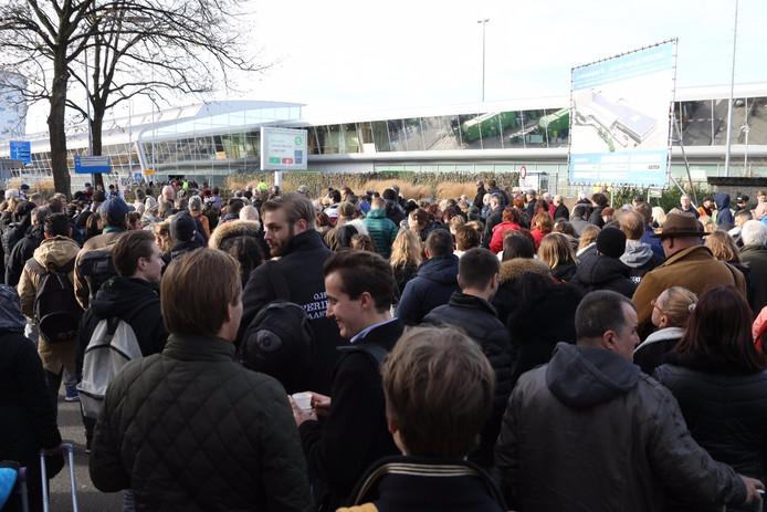Eindhoven Airport was dinsdagochtend ontruimd