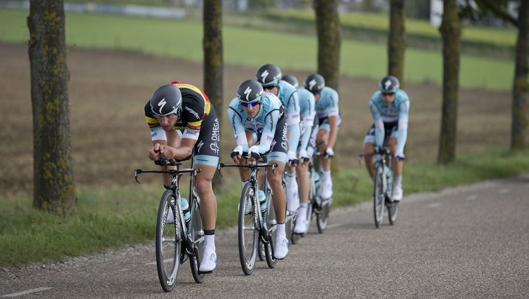 Omega-QuickStep met op kop Tom Boonen. Beeld ap