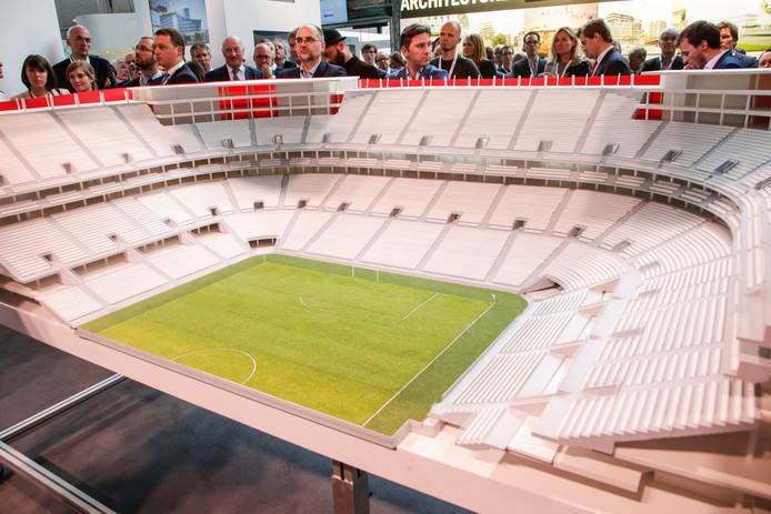 Een maquette van het Eurostadion.