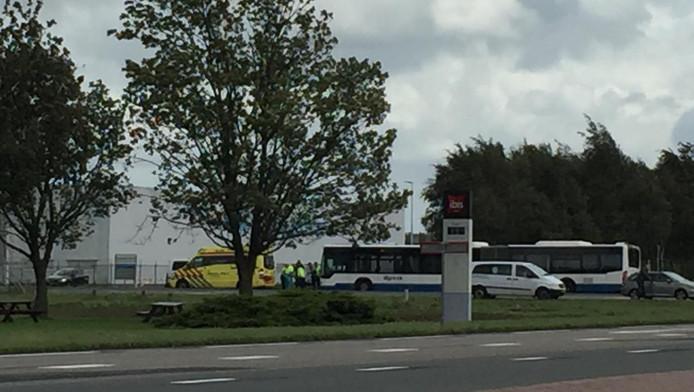 Kort na de aanrijding was een ambulance ter plaatse