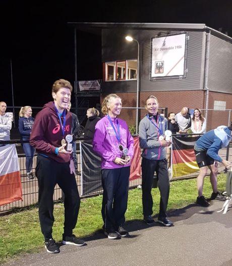 Eerste plaats voor Nijverdalse ultra-atlete Könnecke bij debuut 6 uurwedstrijd